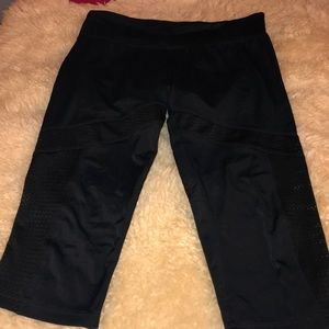 Onzie- Cropped Mesh Bottom Yoga Pants